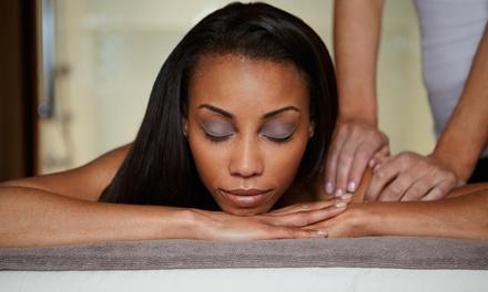 Modelage relaxant de 30 min ou d1h aux huiles bio de Madagascar dès 19,90 € chez Divine